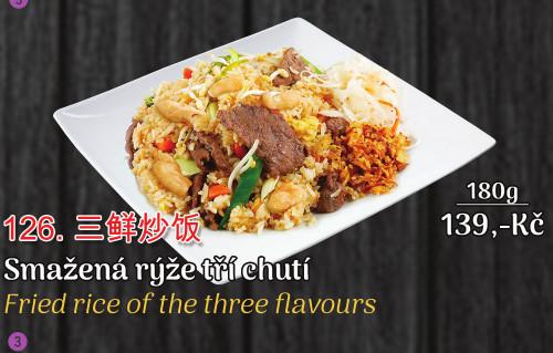 126. Smažená rýže tří chutí - 139 Kč