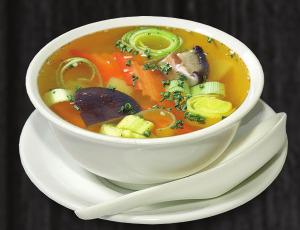 7. zeleninová polévka - 45 Kč