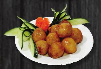 D4. Smažené jahody s medem - 65 Kč